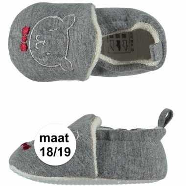 Grijze babyslofjes met beertje maat 18 19